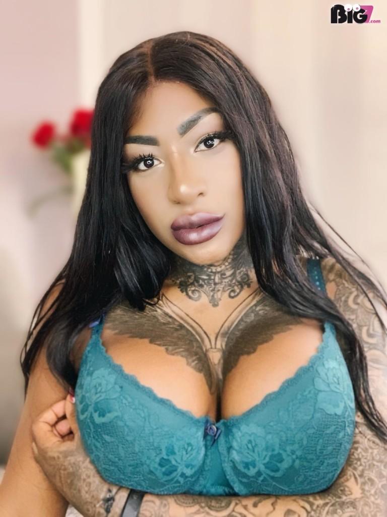Josy-Black - Erotik Darsteller - echte Pornos - LIVE Camgirl